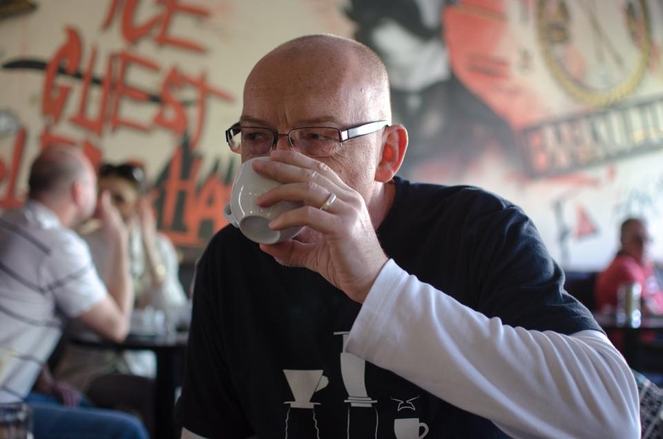"""Peter Handzuš: """"Je o mne známe, že som sa narodil na sude""""  (Food Rozhovory)"""